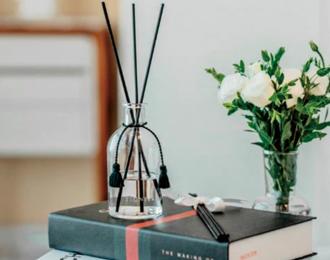 '호캉스 즐기고 향기 남기고' 호텔업계, '향수 마케팅'으로 MZ세대 유혹한다